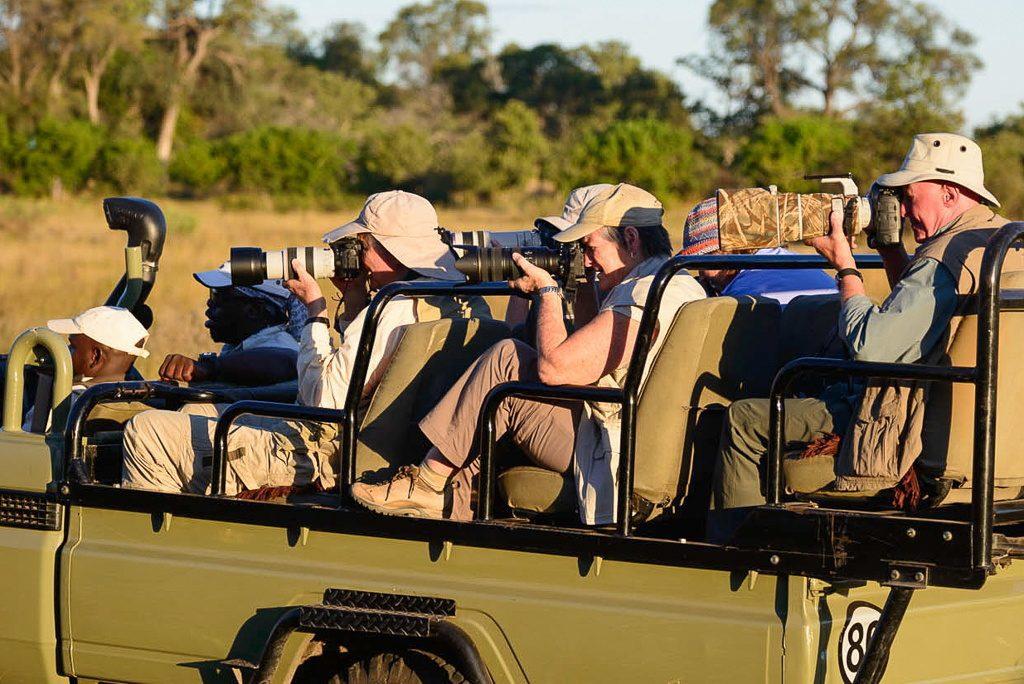 photo  safari participants okavanga delta